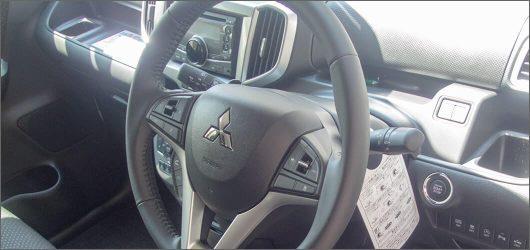 デリカD2(ソリオ)運転席
